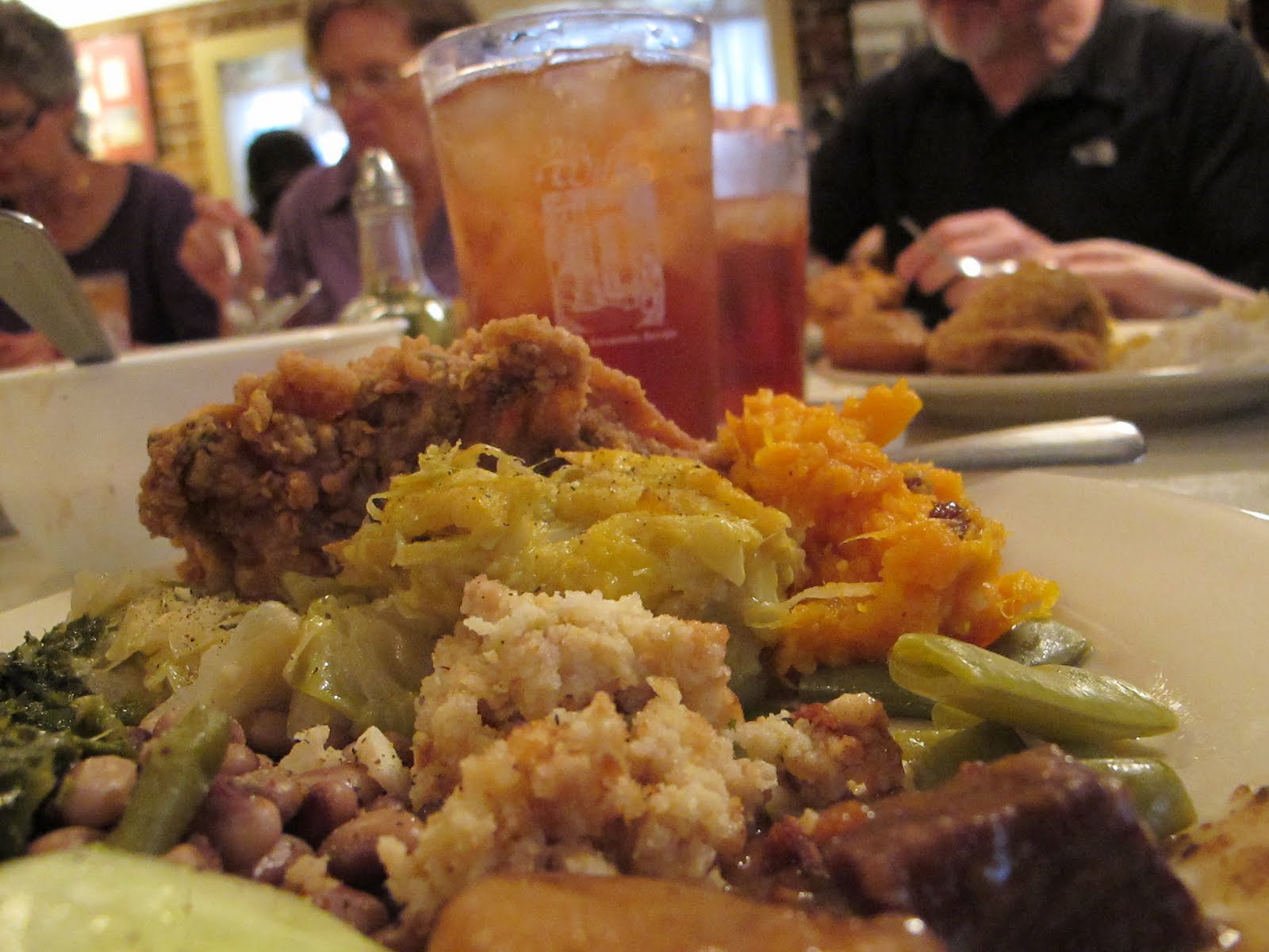 mrs. wilkes dining room – savannah, ga | burgers, barbecue and