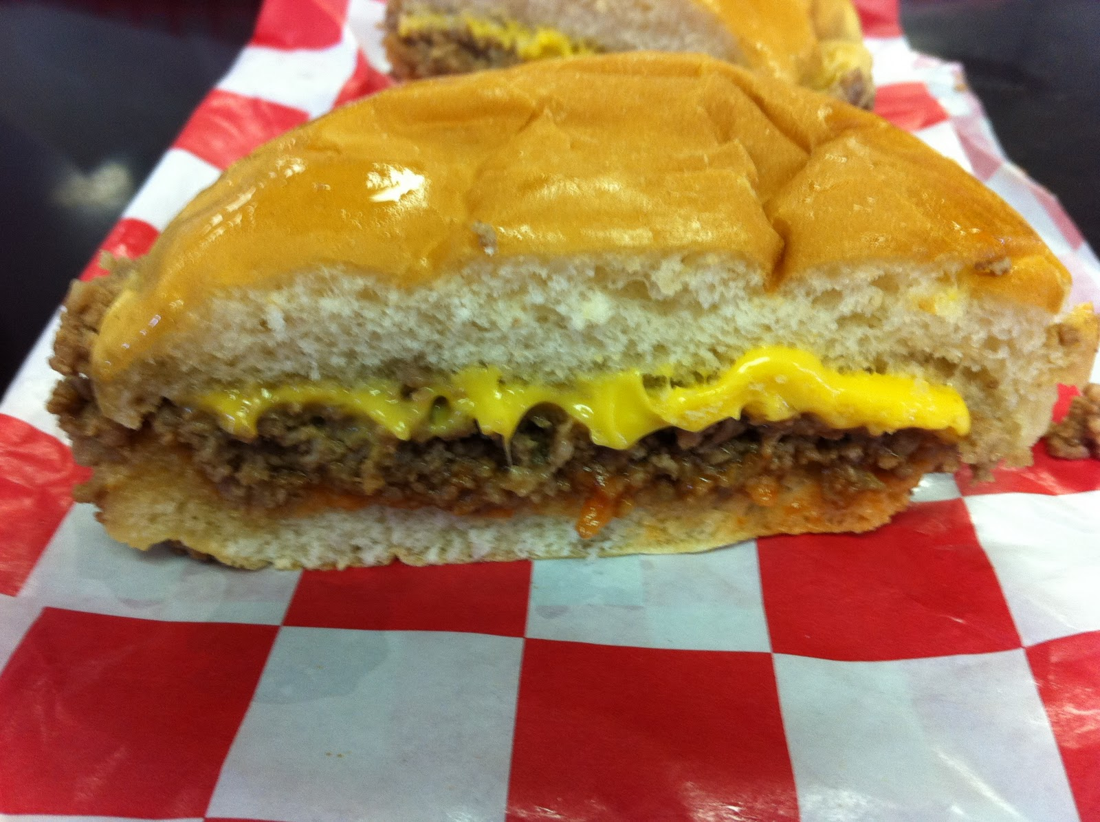 Nuway Crumbly Burgers Wichita Ks Burgers Barbecue
