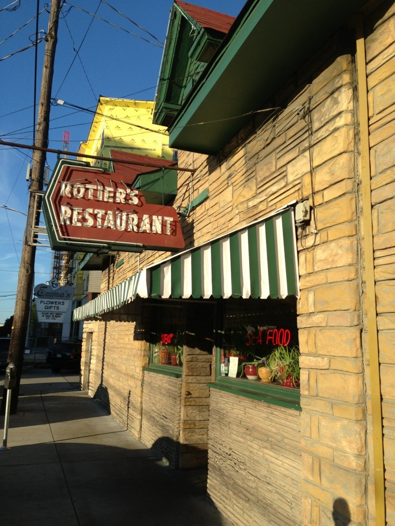 Rotier s restaurant nashville tn burgers barbecue for Dining nashville tn